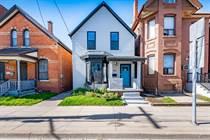 Homes for Sale in Stinson, Hamilton, Ontario $399,000
