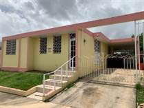 Homes for Sale in Parque Ecuestre, Carolina, Puerto Rico $120,000