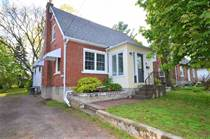 Homes Sold in east hill, Belleville, Ontario $299,900