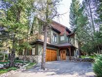 Homes for Sale in LAKE WINDERMERE, Windermere, British Columbia $949,900