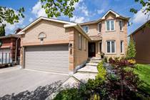 Homes for Sale in Caledon, Ontario $929,800