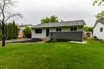 Homes for Sale in Crestview, Winnipeg, Manitoba $284,900
