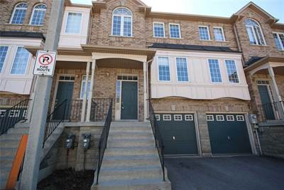 19 Foxchase Ave, Suite 35, Vaughan, Ontario