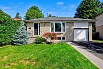 Homes for Sale in Aurora Heights, Aurora, Ontario $849,900