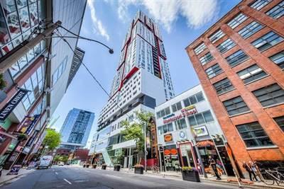 318 Richmond St, Suite 1710, Toronto, Ontario