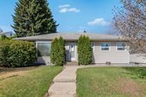 Homes for Sale in Queen Elizabeth, Saskatoon, Saskatchewan $289,900
