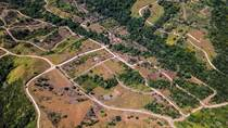 Lots and Land for Sale in Ojochal, Puntarenas $20,000