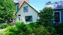 Homes for Sale in Hamilton, Ontario $299,000