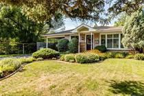 Homes for Sale in Burlington, Ontario $1,050,000