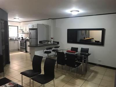 Apartamento en Venta Primer Piso en Curridabat