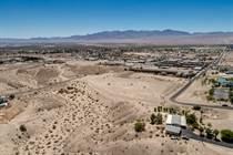 Multifamily Dwellings for Sale in Colorado River Estates, Bullhead City, Arizona $625,000