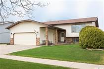 Homes for Sale in Prince Albert, Saskatchewan $309,900