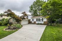 Homes for Sale in Mackenzie, North Olmsted, Ohio $179,900