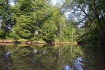 Lots and Land for Sale in Berkeley Springs, West Virginia $49,900