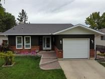Homes for Sale in Waverley Heights, Winnipeg, Manitoba $369,900