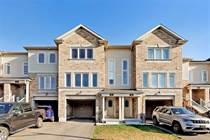 Homes for Sale in Barrie, Ontario $749,000