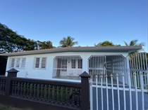 Homes for Sale in La Florida, Vieques, Puerto Rico $185,000