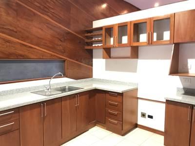 Casa 3 habitaciones 2.5 banos en Condo