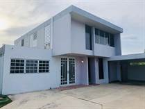 Homes for Sale in Pradera, Toa Baja, Puerto Rico $185,000