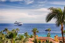 Condos Sold in Medano Beach, Cabo San Lucas, Baja California Sur $1,299,000