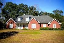 Homes for Sale in Bay Minette, Alabama $289,900