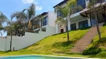 Condos for Sale in San Jose, Santa Elena $240,000