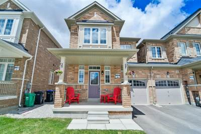 3 Bedroom, Open Concept, Townhouse! Desirable North West Brampton!