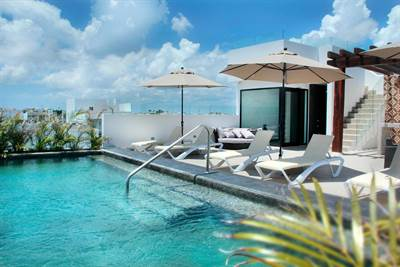 Comfy Loft w/ Balcony For Sale on the 5th Ave. Playa del Carmen