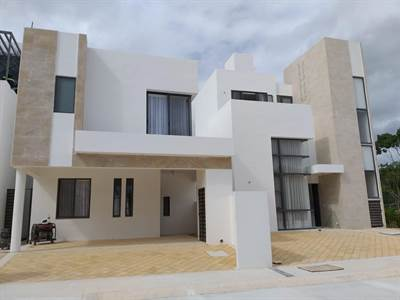 HOUSES IN RESIDENTIAL DEVELOPMENT WITH SPORTS CLUB FOR SALE, 2 AND 3 REC, Suite BLI2390, Playa del Carmen, Quintana Roo