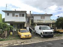 Multifamily Dwellings for Sale in Hill Brothers, San Juan, Puerto Rico $100,000