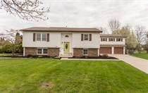 Homes for Sale in Maumee, Ohio $289,900
