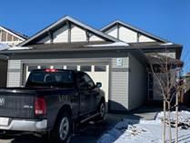 Homes for Sale in Lethbridge, Alberta $419,900