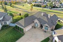 Homes for Sale in Medicine Hat, Alberta $724,900
