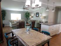 Homes for Sale in Camelot Lakes MHC, Sarasota, Florida $81,750