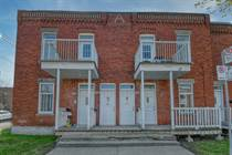Multifamily Dwellings for Sale in Saint-Laurent, Quebec $950,000
