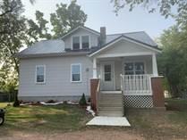 Homes for Sale in Pulaski, Wisconsin $219,900