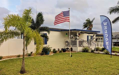 421 Zeeland St North Fort Myers Florida By Carolyn Burdette