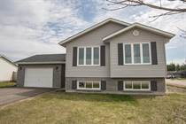 Homes Sold in Highland Park Subdivision, Petawawa, Ontario $327,500
