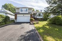 Homes for Sale in Rockland, Ontario $359,900
