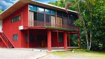 Multifamily Dwellings for Sale in Quepos, Puntarenas $299,000