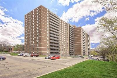 15 La Rose Ave, Suite 805, Toronto, Ontario