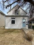 Homes for Sale in Medicine Hat, Alberta $174,800
