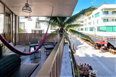 2Br. Condo on 5th Ave. a  Steps from the Beach On Sale, Perfect for Vacation Rentals