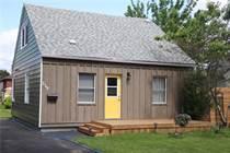 Homes for Sale in Hamilton, Ontario $374,900