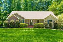 Homes for Sale in Cumming, Georgia $390,000