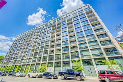 39 Brant St, Suite 204, Toronto, Ontario