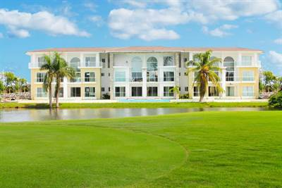 Punta Cana Golf Condo For Sale | 3 BDR PH | Golf and Lake View, Cocotal Golf