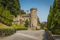 Homes for Sale in Berkeley Springs, West Virginia $1,300,000