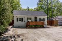 Homes for Sale in Simcoe County, Wasaga Beach, Ontario $525,000