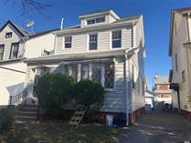 Multifamily Dwellings for Sale in Rosedale, New York City, New York $789,000